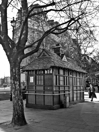 Cab Shelter, Northumberland Avenue, WC2
