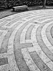 Centre of Maze, Crystal Palace Park - click to enlarge