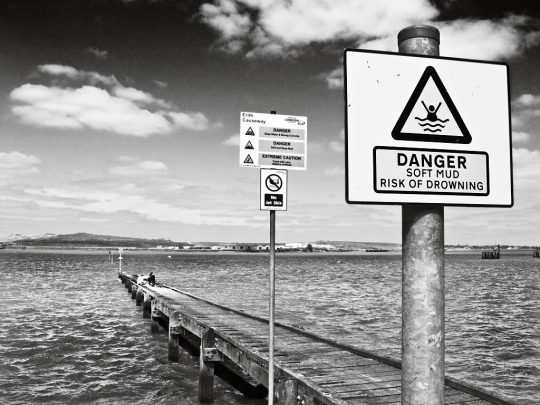 Erith  Causeway - click to enlarge