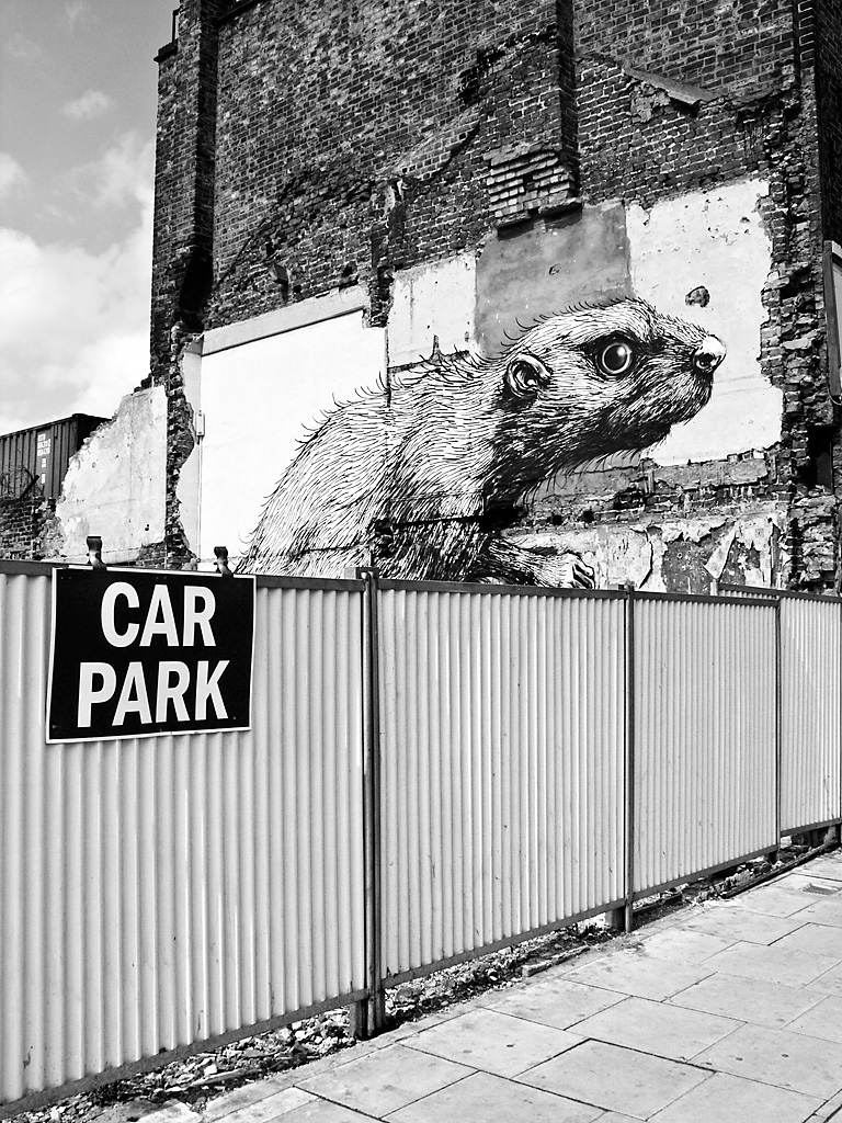 Rat graffiti, Hackney Road