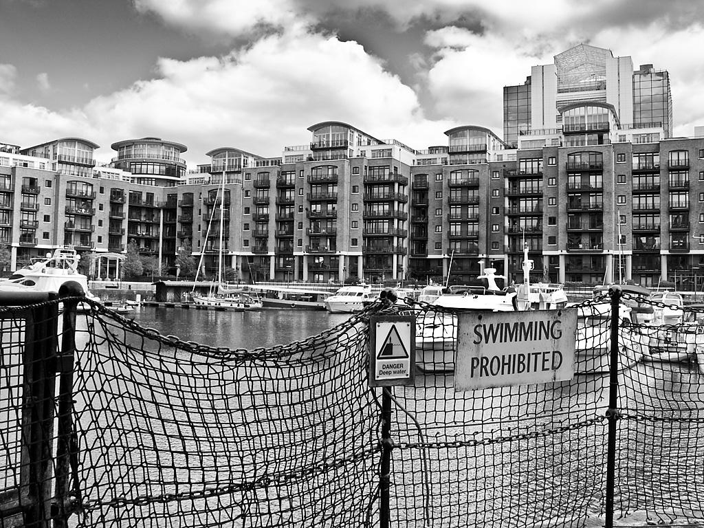 St Katherine\'s Dock